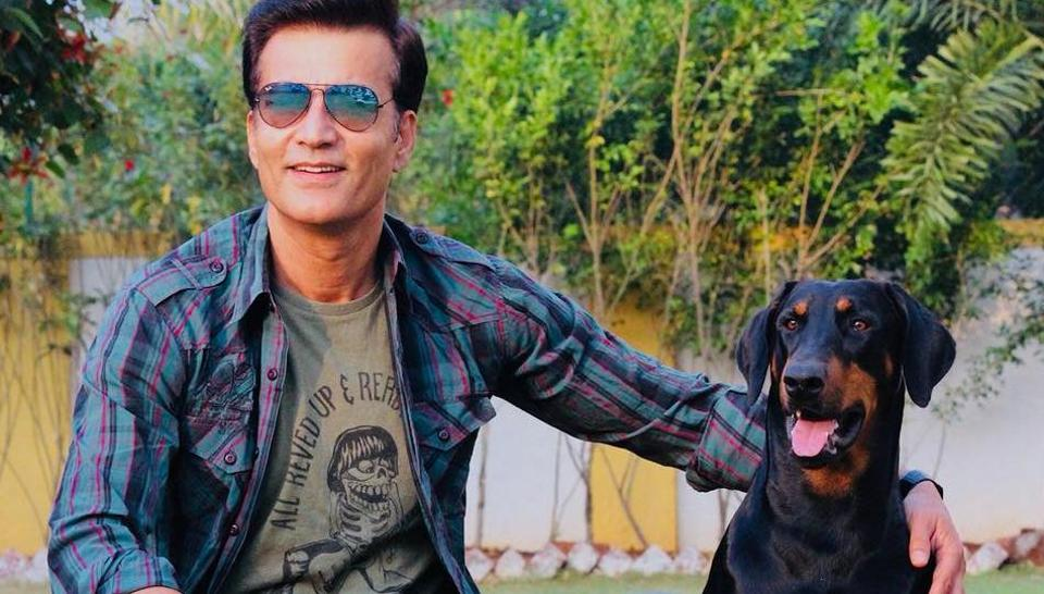 Actor Narendra Jha, 55, died Wednesday morning after a cardiac arrest.