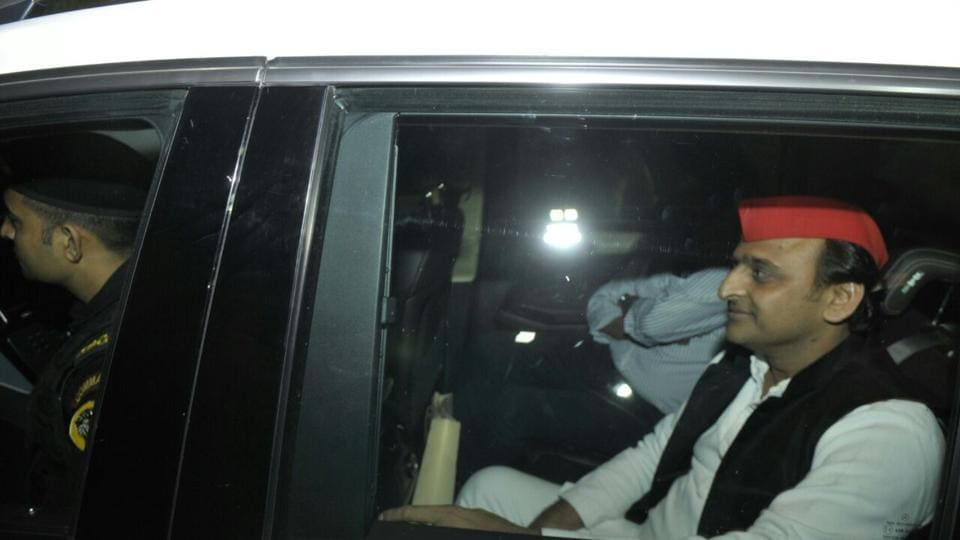 Akhilesh Yadav outside the residence of BSP chief Mayawati, in Lucknow.