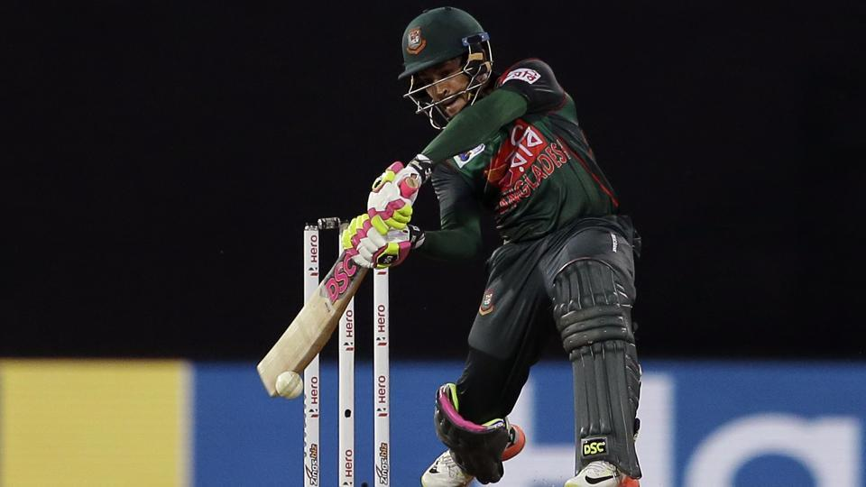 Bangladesh's Mushfiqur Rahim played a valiant knock of 72 not out but it went in vain as they lost by 17 runs. (AP)