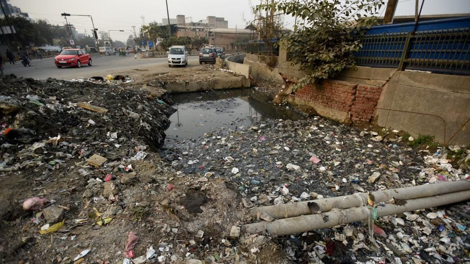 Residents have also repeatedly complained of problems due to dumping of waste in drains as these tend to overflow during the monsoon as the drains remained choked with plastic and other waste.