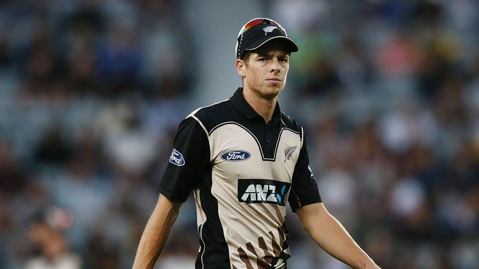 Mitchell Santner will miss the IPL 2018 season due to a bone defect in his knee.