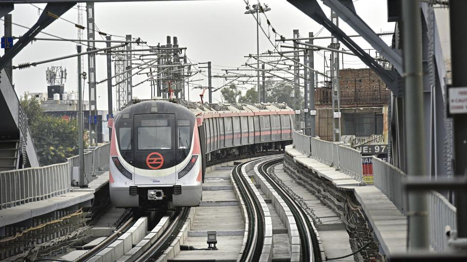 The 21.5 km-long Majlis Park-Durgabai Deshmukh South Campus section of Delhi Metro's Pink Line is set to open to the public from Wednesday evening. This new corridor, will also for the first time, connect the north and south campuses of the Delhi University, on the metro network, with a commute of 40 minutes. (Anushree Fadnavis / HTPhoto)