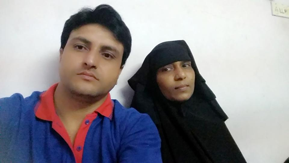 Siraj Khan with his wife Sajida.