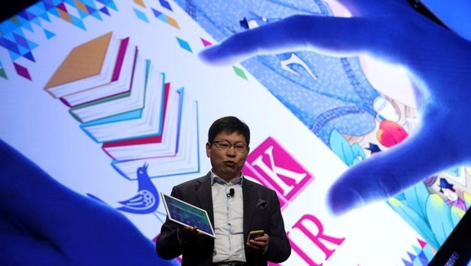 Huawei says that its smartphone sales in the US will triple from last year.