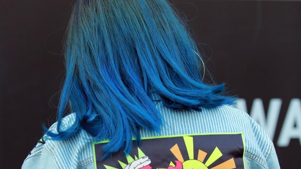 Blue hair don't care:  Though blue hair was 2017 trend, it doesn't seem to die down anytime soon.  (Photo: Amal KS/HT)