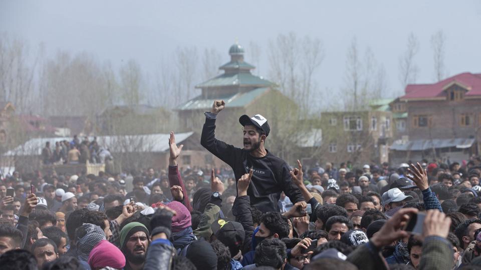 Kashmiri militant killed,Eisa Fazili,Militant's classmate