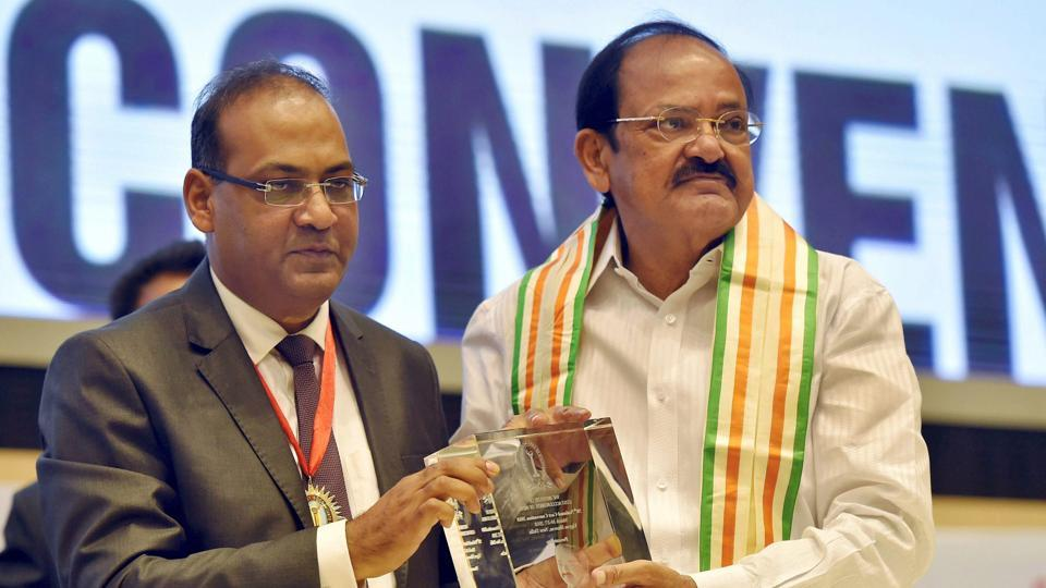 MBBS degree,MBBS degree in Indian languages,M Venkaiah Naidu