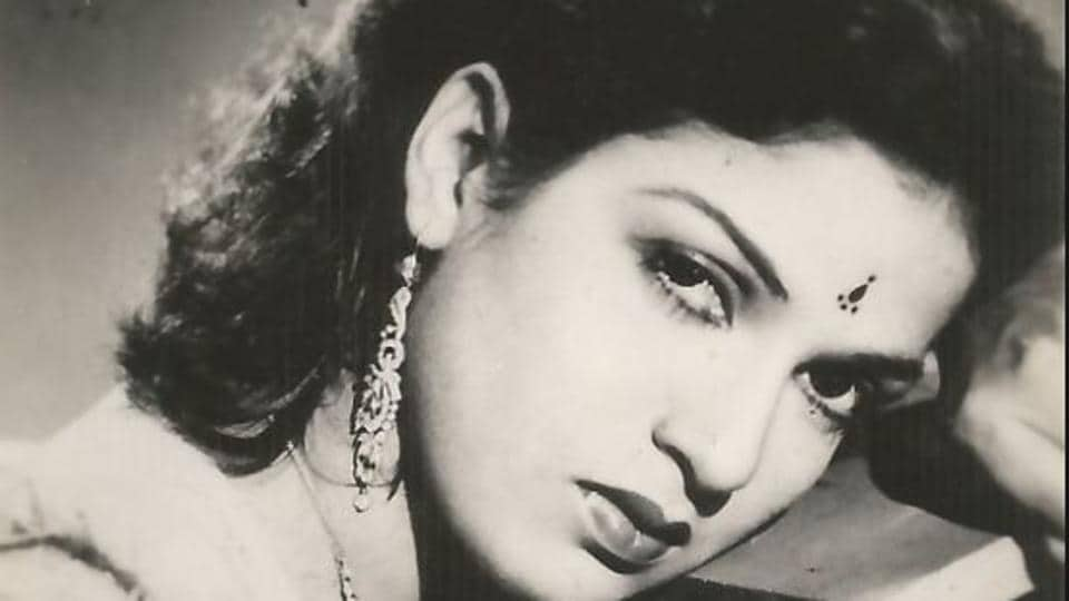 Kamini Kaushal debuted in Bollywood with Neecha Nagar in 1946.