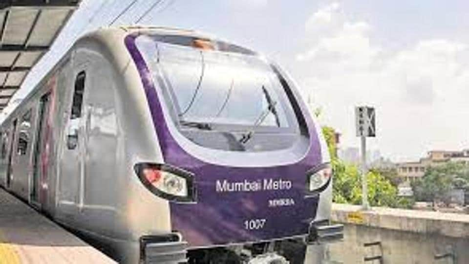 Citizens can load money on the card to travel by the Chembur-Jacob Circle monorail, Metro-1 (Versova-Andheri-Ghatkopar)and BEST buses. It will also work as a railway pass.