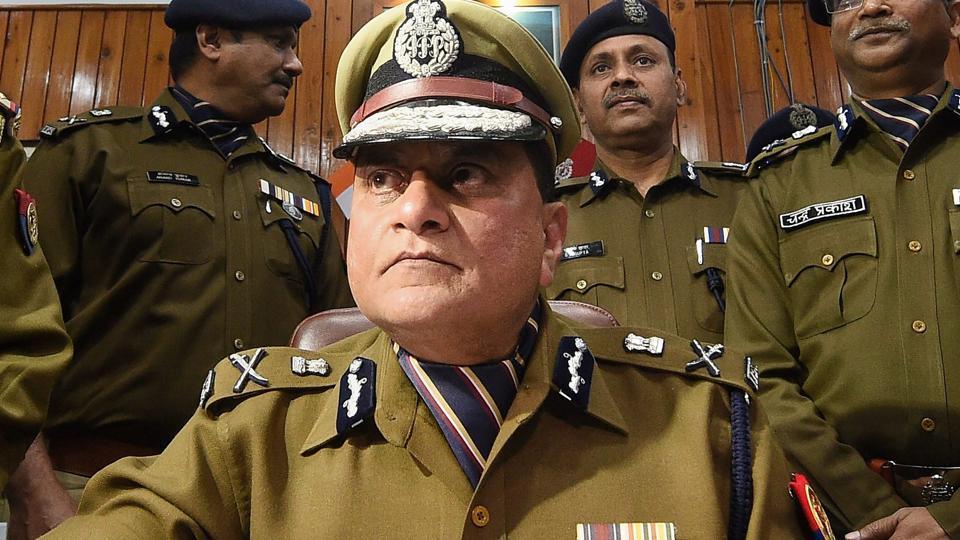 Uttar Pradesh DGP Om Prakash Singh said the government will cancel Rahul Raj's posting as Ballia SP and appoint a new officer.