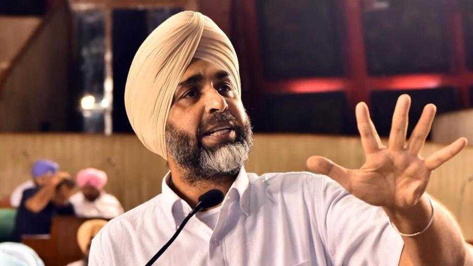 Punjab finances,Punjab finance minister,Manpreet Badal