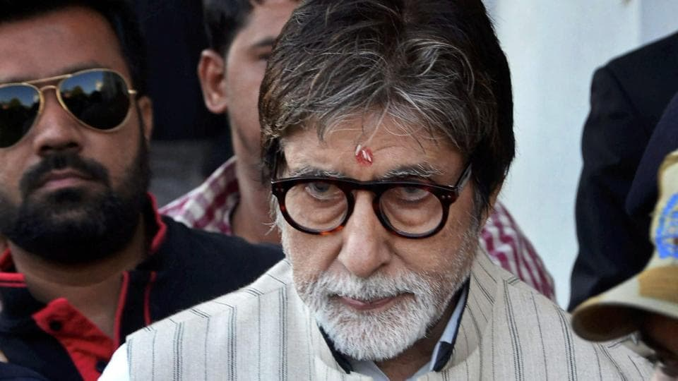 Amitabh Bachchan is currently shooting his film Thugs of Hindostan in Jodhpur.