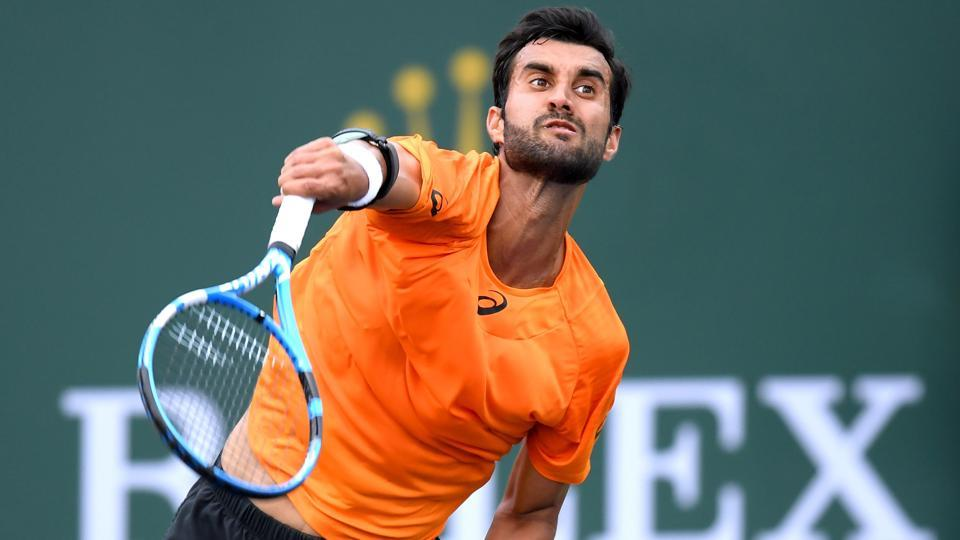 Yuki Bhambri beat Argentina's Renzo Olivo in straight sets to move into the final round of the ATP Miami Masters qualifiers.