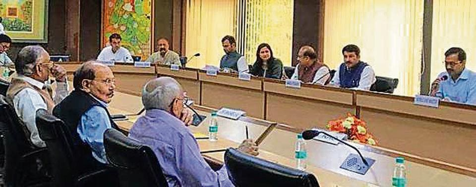 The 'all-party' meeting with the SC committee held at Delhi Secretariat, was attended by chief minister Arvind Kejriwal and Delhi BJP chief Manoj Tiwari
