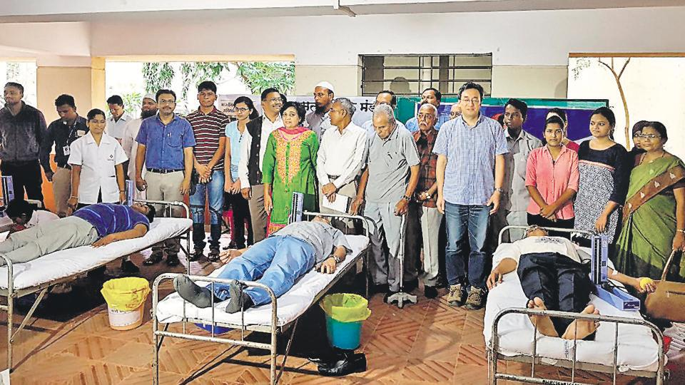 The Muslim Satyashodhak Mandal has been turning religious festivals into occasions for serving humanity. On Bakri Eid, instead of sacrificing an animal, they donate blood.