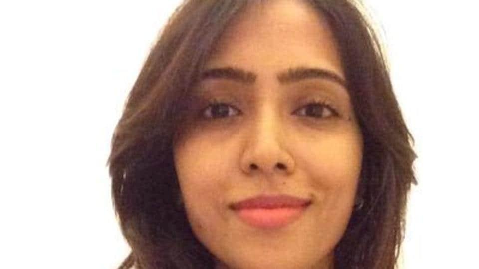 Thaana Serndha Koottam producer KEGnanavel Raja's wife Neha ranted on Twitter about female actors.