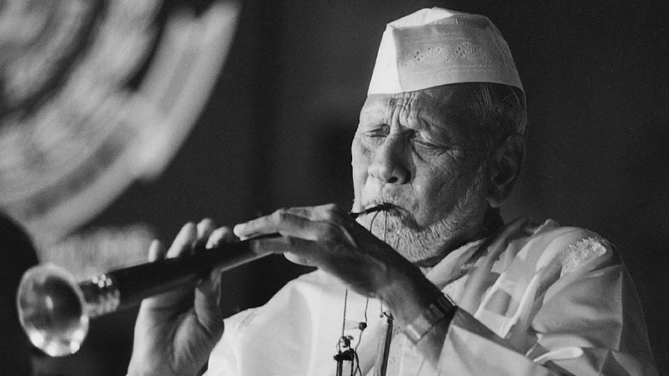 Shehnai maestro Ustad Bismillah Khan performs during an event on October 23, 1995. Born this day in 1916, to a family of court musicians in Bihar, the maestro's relationship with his shehnai saw him often refer to it as his wife. A recipient of all four civilian awards, including the Bharat Ratna, Ustad Bismillah Khan would have turned 102 today. (Dinesh Kumar / HT Archive)