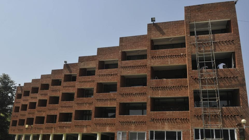 Chandigarh admin,Rs 1 crore on renovation,Chandigarh guest house