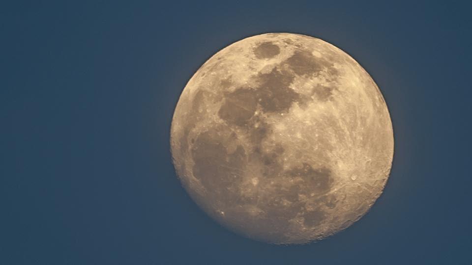 Life on moon,ISRO,Chandrayaan