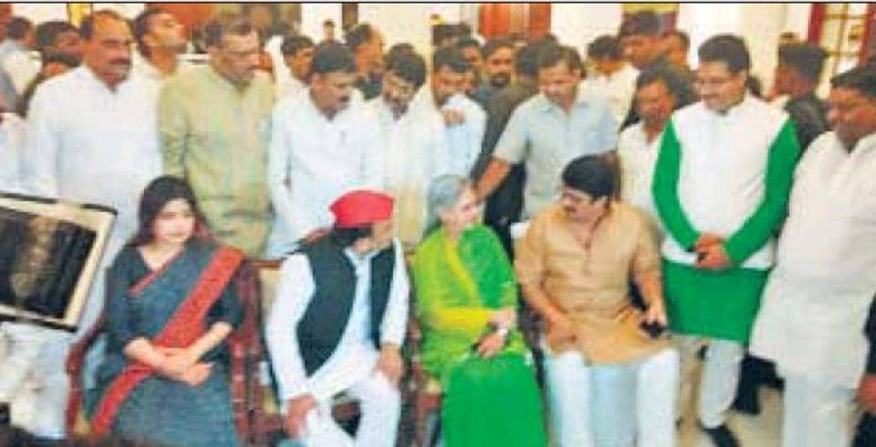 SP chief Akhilesh Yadav, Kannauj MP Dimple Yadav, party candidate Jaya Bachchan and independent MLA Raghuraj Pratap Singh at the dinner meeting for SP MLAs in Lucknow .