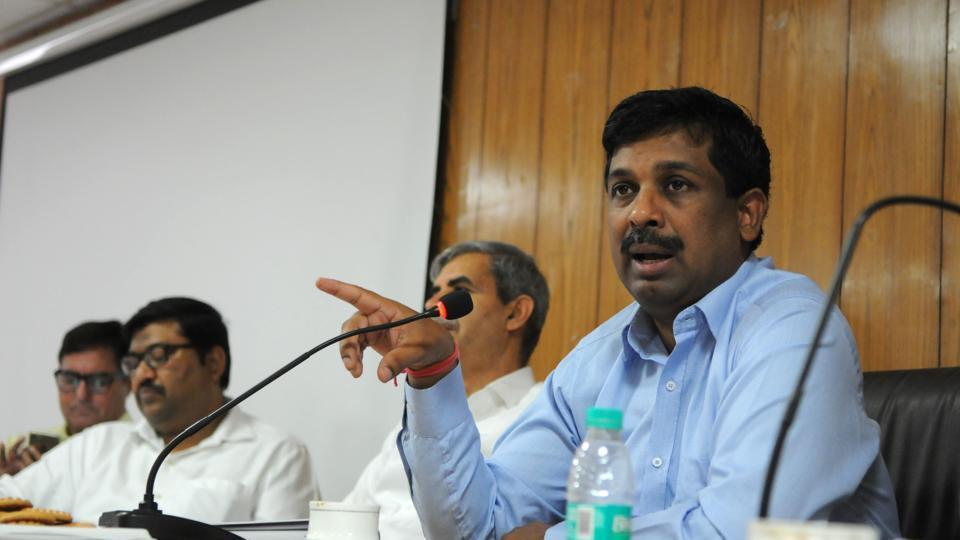 Manual movement of files has been stopped in GMDA, said V Umashankar, chief executive officer (CEO) of the GMDA.