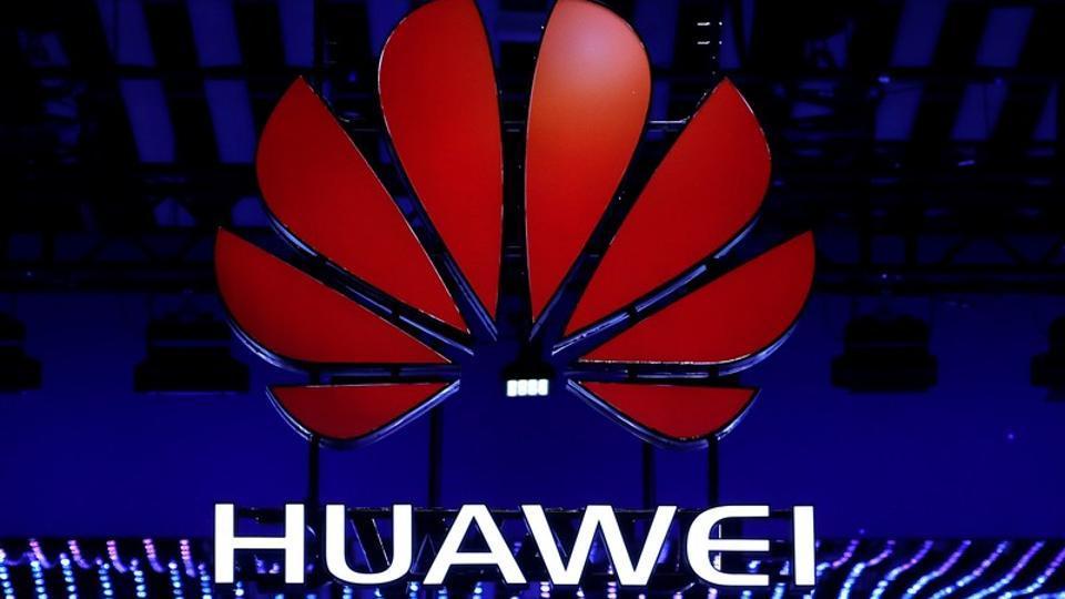 Huawei blockchain smartphone,Huawei Sirin Labs,Huawei SIRIN OS