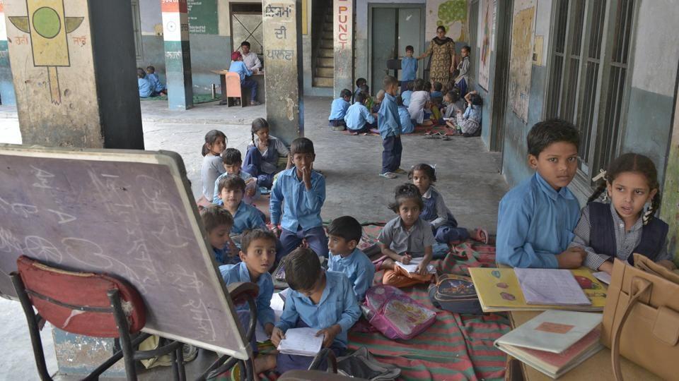 Edusat,Punjab schools,CAG report