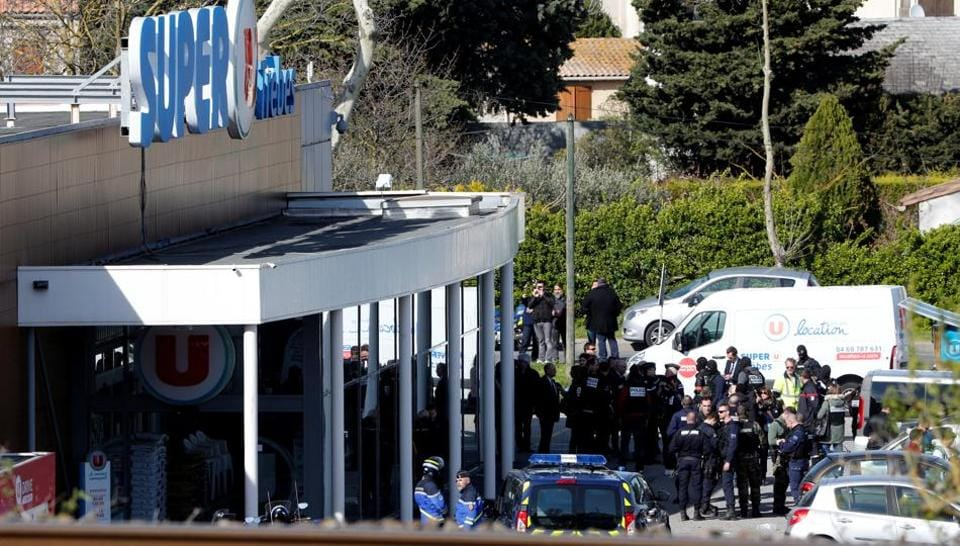 Turkey condemns terrorist attacks in France