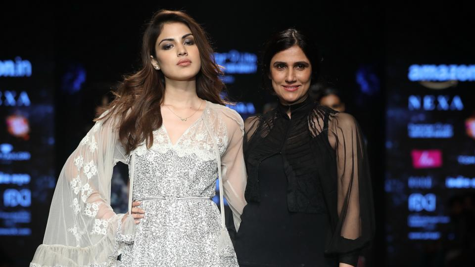 Designer Rina Dhaka with actor Rhea Chakraborty at the recently-concluded fashion week organised by the Fashion Design Council of India.