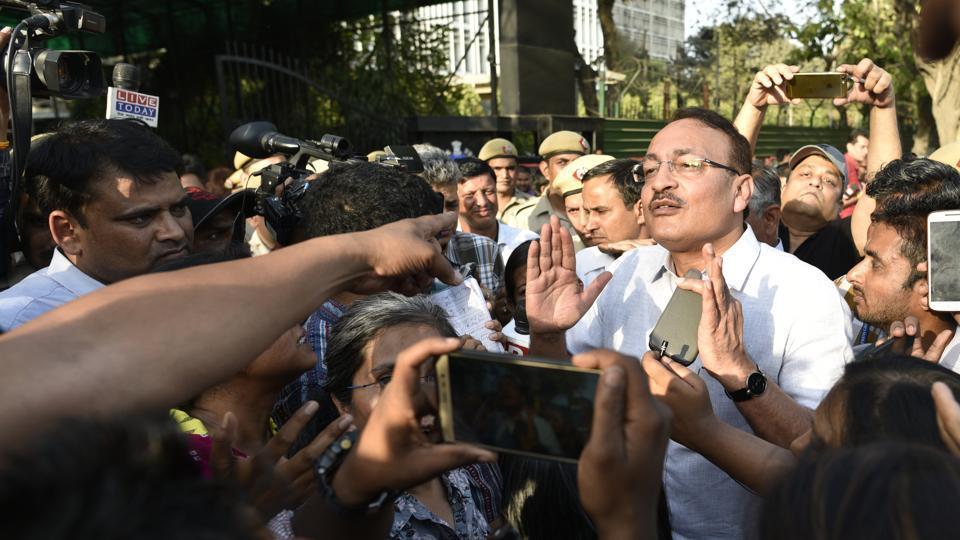JNU protest,journalist attacked,cops beat journalists