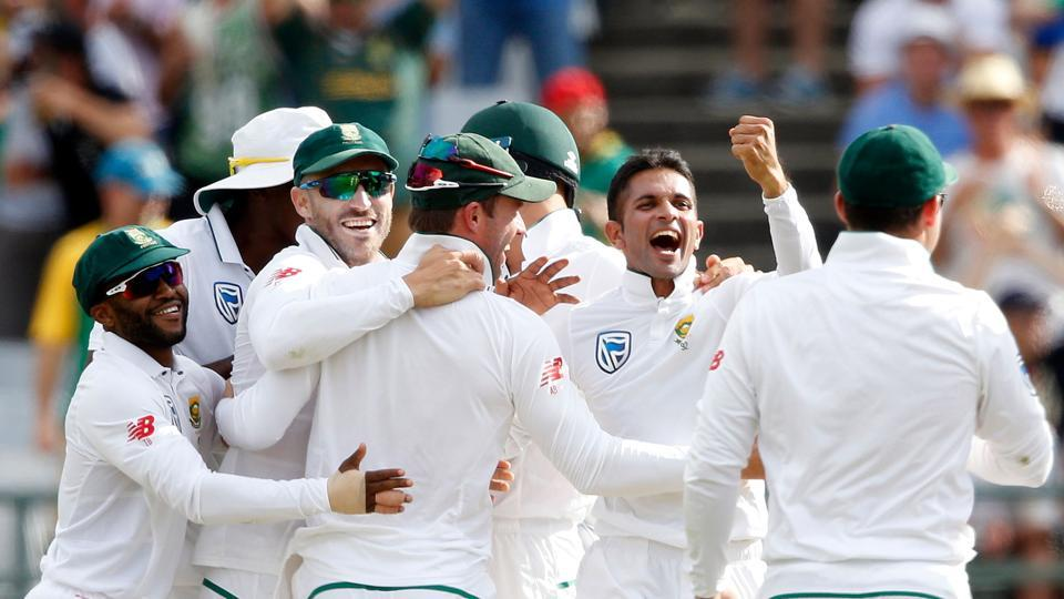 Keshav Maharaj also joined the party, removing Usman Khawaja and Shaun Marsh in successive balls. (AFP)