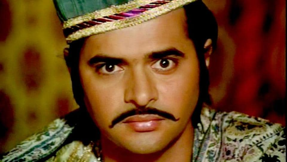 Farooque Shaikh, as Nawab Sultan of Umrao Jaan, was convincing in portraying his character's many failings.