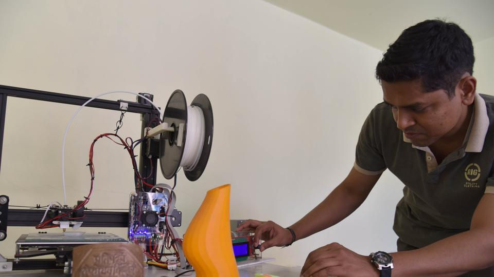 The Heramb MakerLab  was established in April 2014 by 39-year-old IT professional, Atul Yadav.