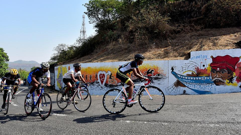 The 152-km competition, one of the longest running cycle races in the country, first began in 1946. It has been held continuously every year since 1980, though it missed a few years before that.  (Anshuman Poyrekar/HT Photo)