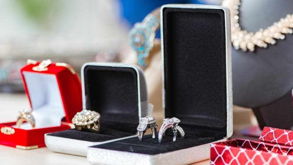 Who is your jeweller is as important as what you are buying. Although, jewellery shopping is an emotional affair, one needs to be cautions while selecting a jewellery or brand. (Shutterstock)