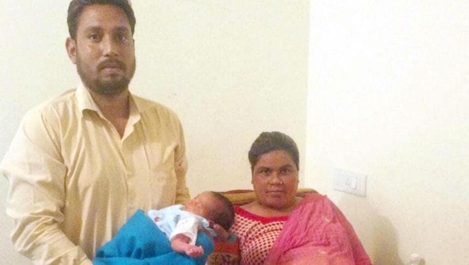 Ultrasound shows twins,birth to one child,Amritsar admn