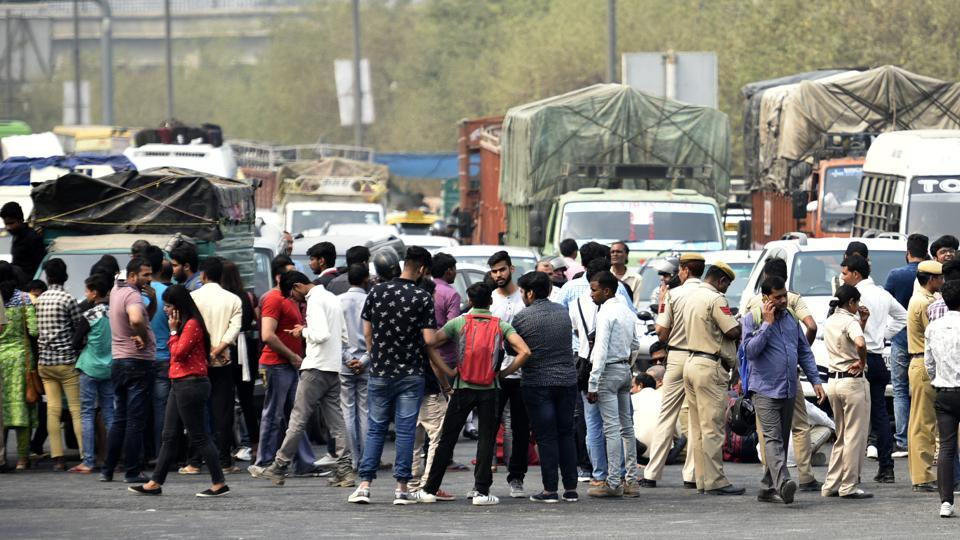 Family members and supporters of the girl had blocked the road  to Noida from Mayur Vihar on March 22, demanding the arrest of the accused teachers.