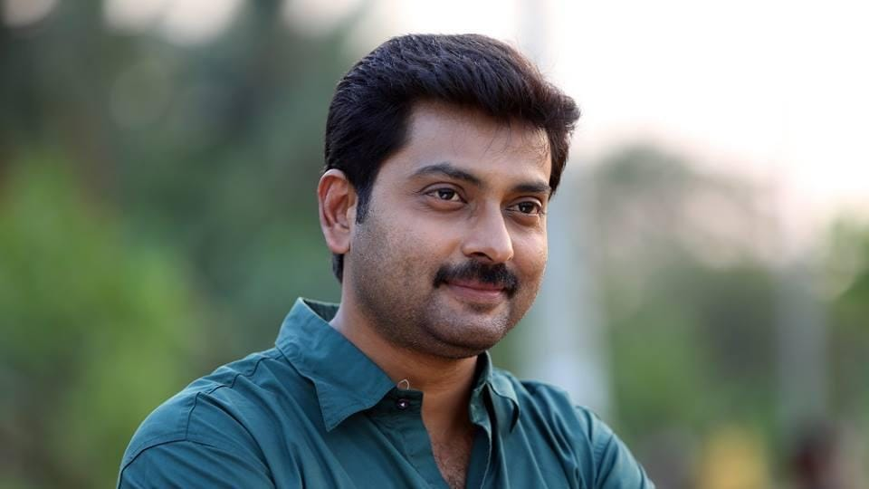 Narain is known for his work in films like 4 the People, Achuvinte Amma and Classmates. He is currently working with Mohanlal in Odiyan.