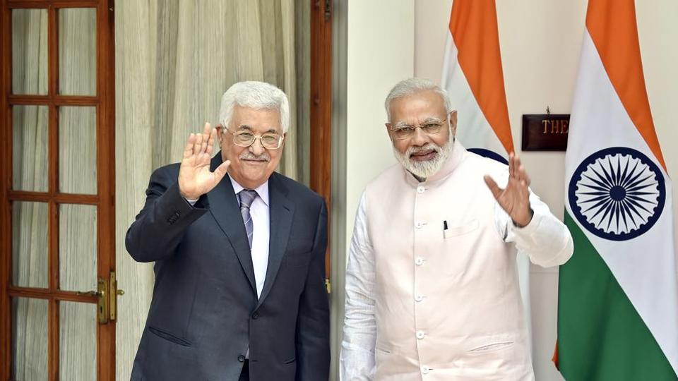 Palestine President Mahmoud Abbas and Prime Minister Narendra Modi prior to a meeting at Hydrabad House in New Delhi, India.