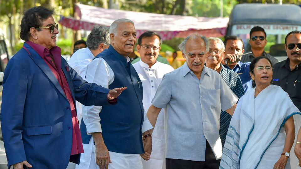BJP leaders Shatrughan Sinha, Yashwant Sinha and Arun Shourie with West Bengal chief minister Mamata Banerjee in New Delhi on Wednesday.