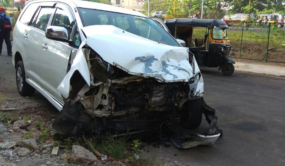 Navi Mumbai,road accident,Palm Beach Road
