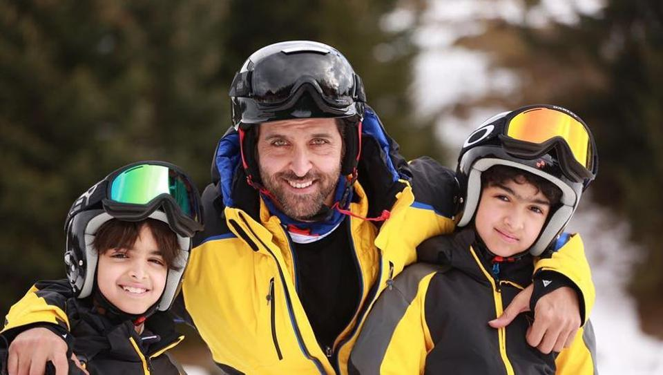 Hrithik Roshan with his sons Hrehaan and Hridaan.