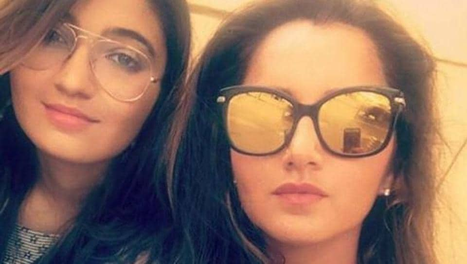 Sania Mirza and her sister's latest Instagram might convince you they're actually twins. (Insatgram/ Anam Mirza)