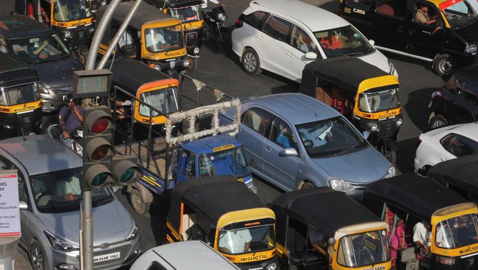 The traffic management system synchronized with google maps will aim to ease congestion, like this traffic snarl at Teen Haath Naka in Thane.