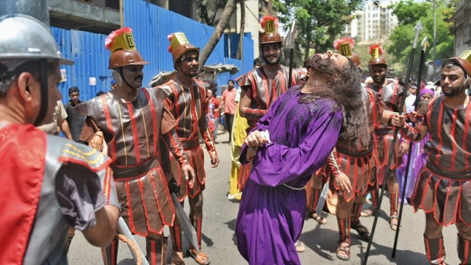 Thousands attend special service on Good Friday in Ipoh
