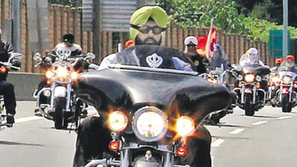 According to an Alberta government spokesperson, a rider wearing a turban, but not a helmet, will have to self-identify to be considered a Sikh. At that point, it would be up to the discretion of the officer. If the officer doesn't believe the rider, a ticket may still be issued. The rider would then have to challenge it in court.