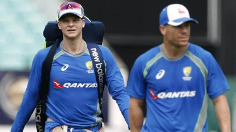 Steve Smith (L) and David Warner were both banned for one year by Cricket Australia for their involvement in the ball-tampering scandal.
