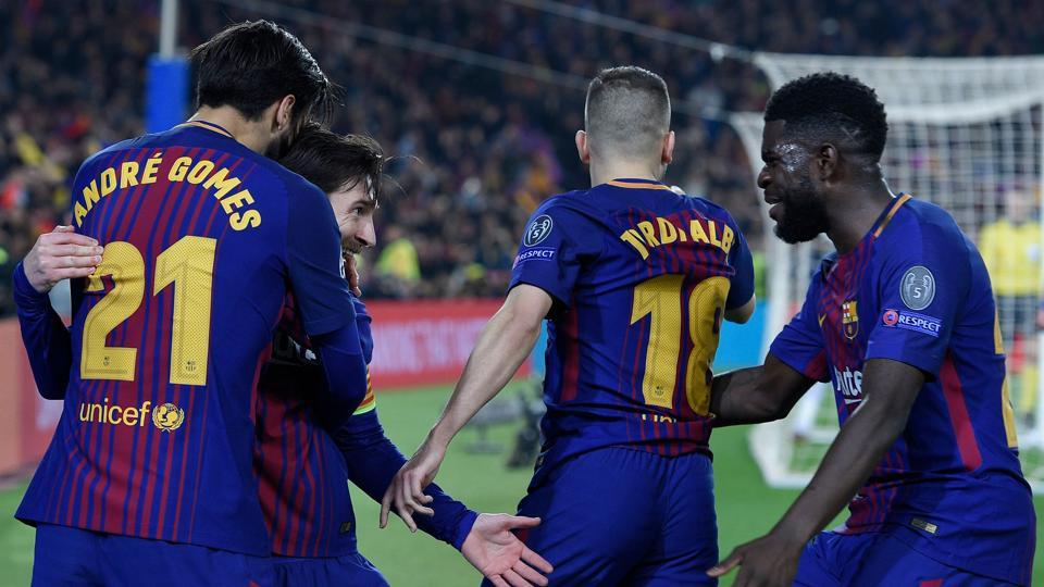 Barcelona will look to maintain their unbeaten run as they travel to Sevilla on Saturday.