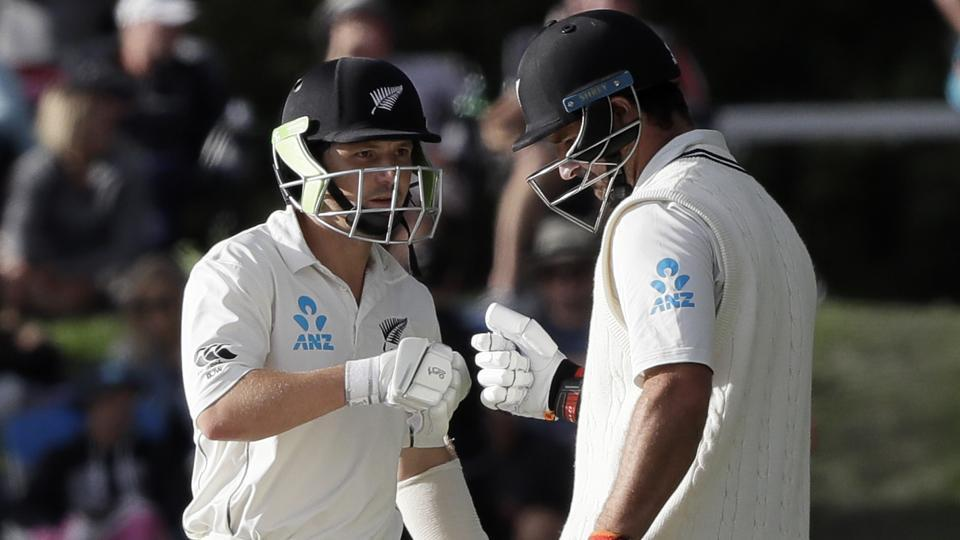 De Grandhomme's 50 spearheads New Zealand fightback