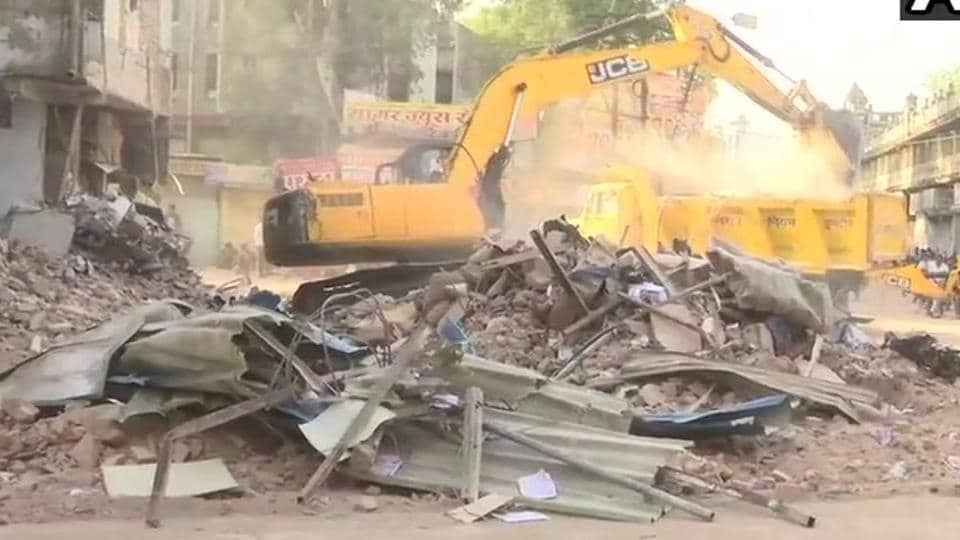 At least 10 people were killed after a four-storey building collapsed near Sarvate bus stand in Indore on Saturday evening.
